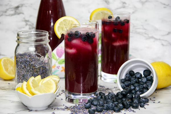 Blueberry Lavender Lemonade (with Cocktail Option!)