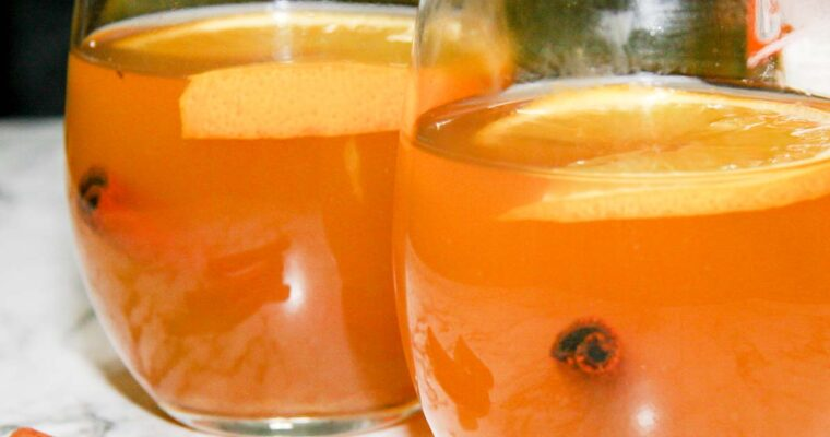 Warming Winter White (Spiced Wine with Orange)