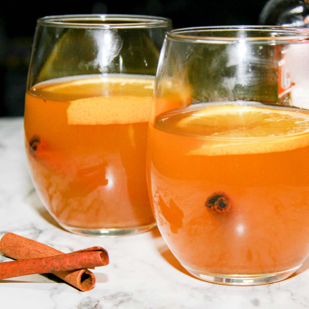 Warming Winter White (Spiced Wine with Orange)